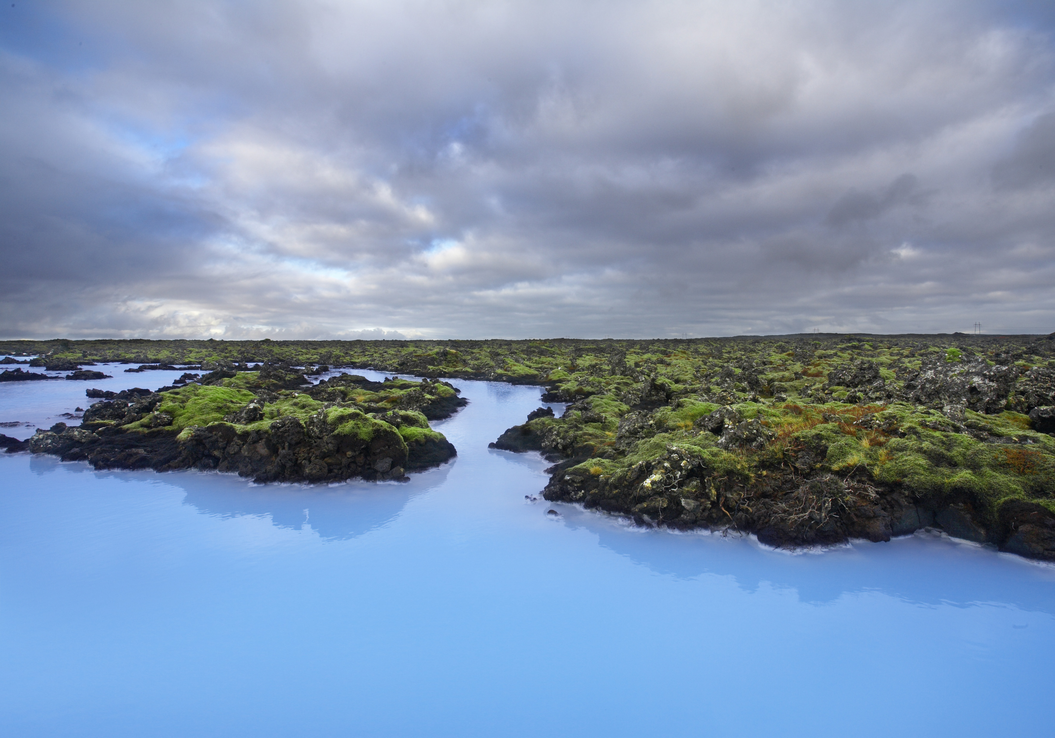 The blue lagoon in iceland is amazing guide to iceland for Where is the blue lagoon located in iceland