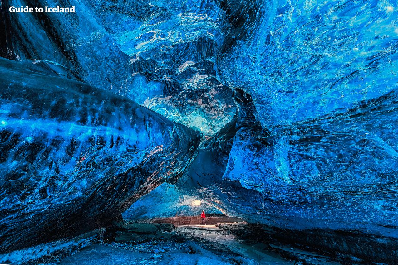 Jokulsarlon Glacier Lagoon | Iceland's Crown Jewel | Guide to Iceland