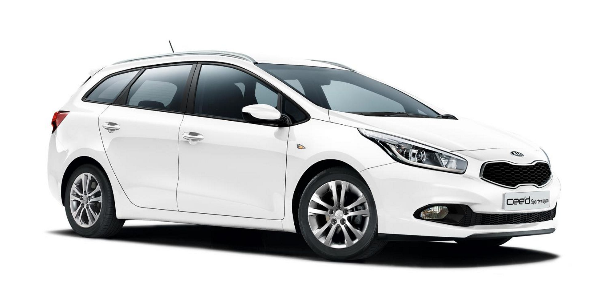 kia cee 39 d sportswagon 2015 from blue car rental guide to iceland. Black Bedroom Furniture Sets. Home Design Ideas