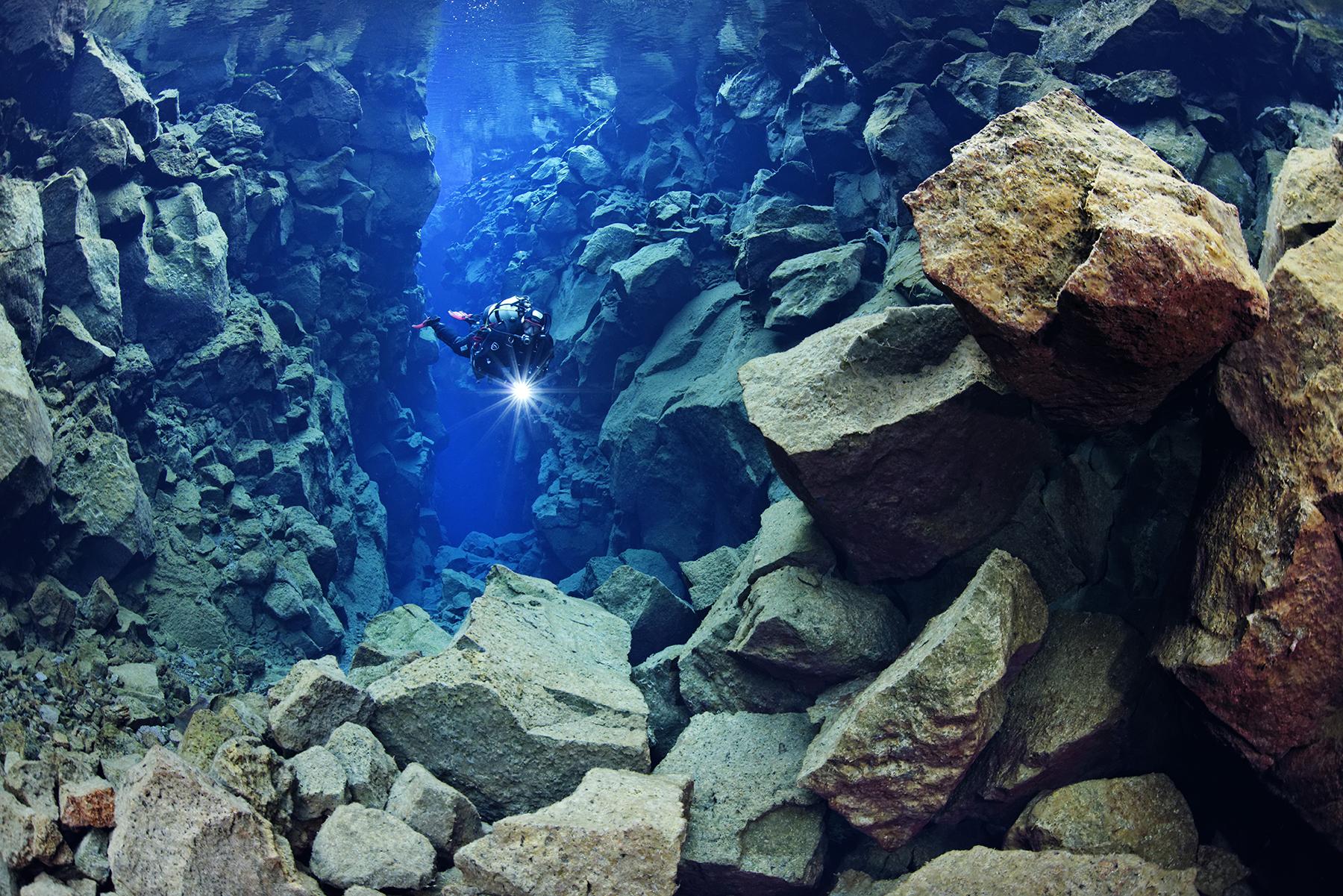 Iceland Scuba Diving Tour