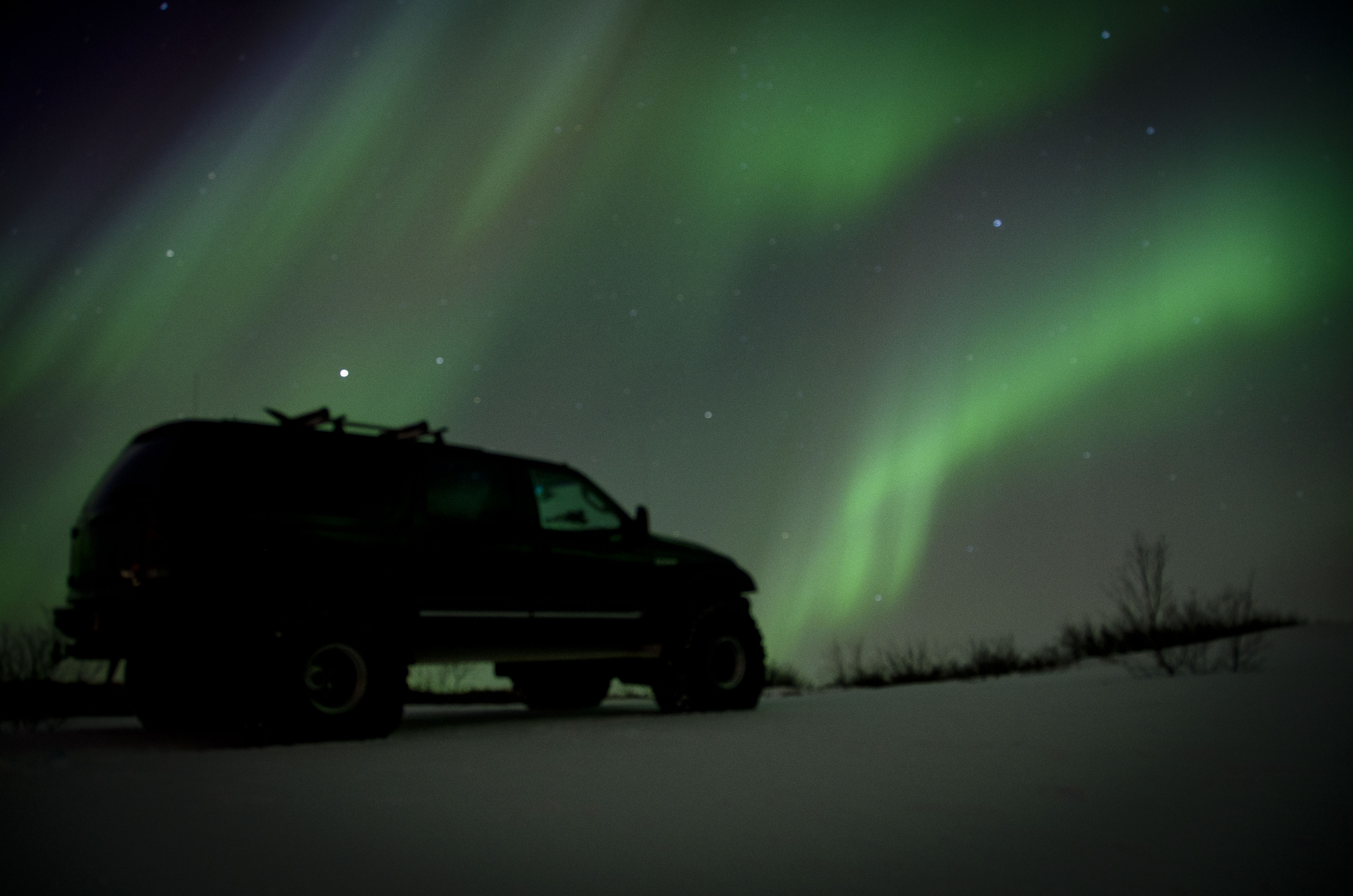 Iceland With Northern Lights Pursuit Tour