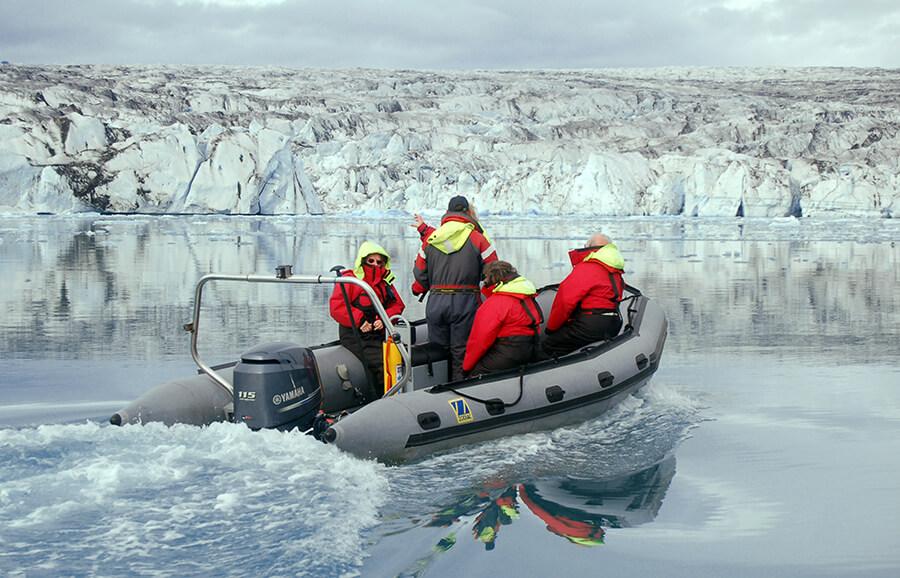 Zodiac Boat Tour Of Jokulsarlon Glacier Lagoon Guide To Iceland