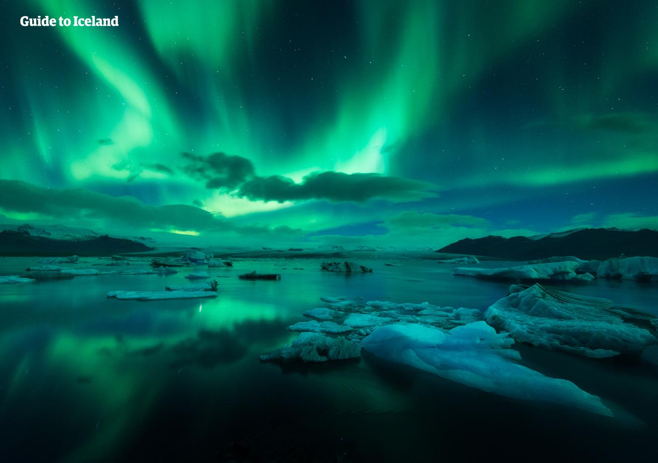 아이슬란드 겨울 8일간의 일주 가이드가 동행하는 미니버스 여행코스 Guide To Iceland