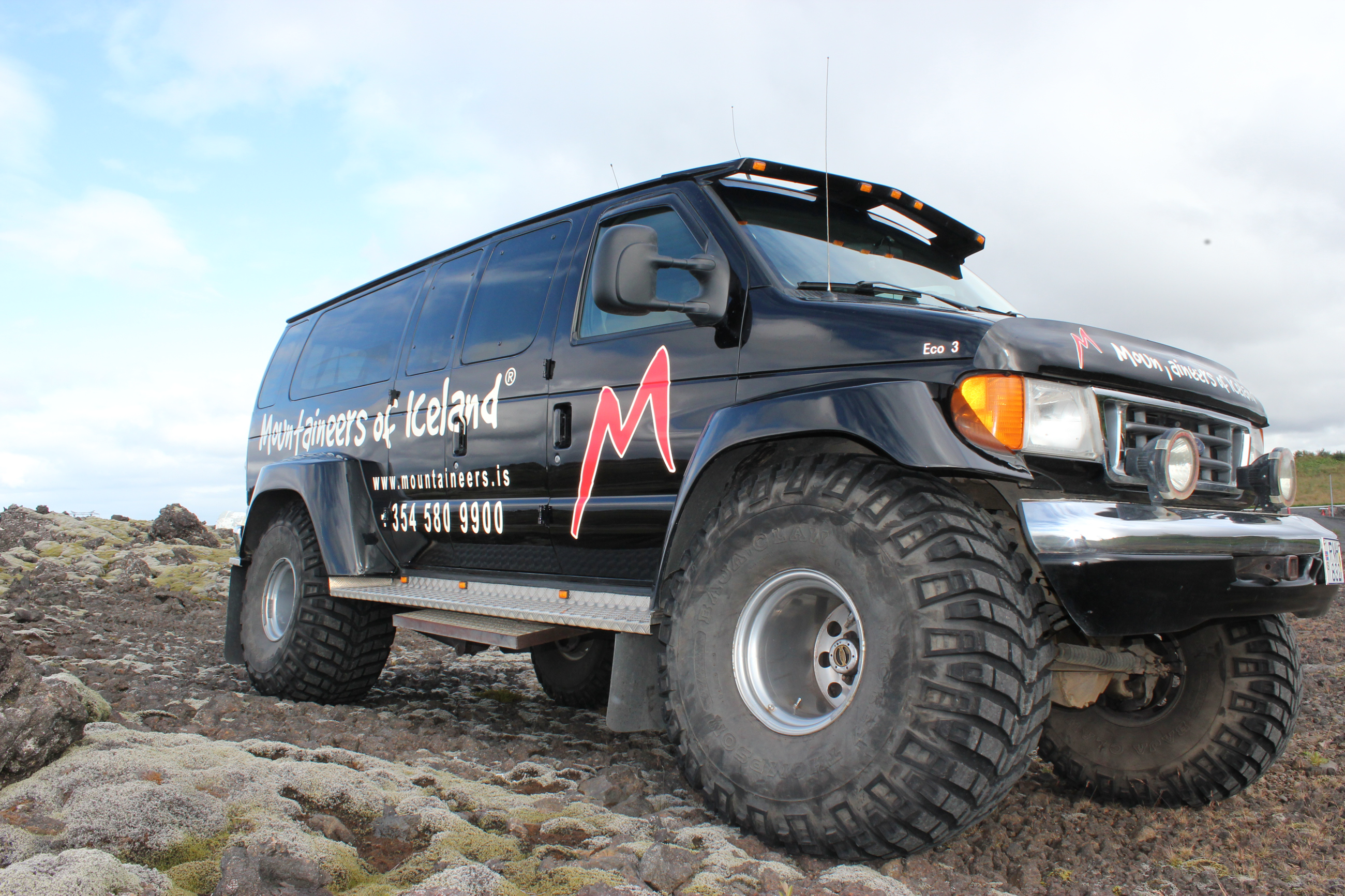 South Iceland Mountains & Lava Tunnel   Super Jeep Excursion