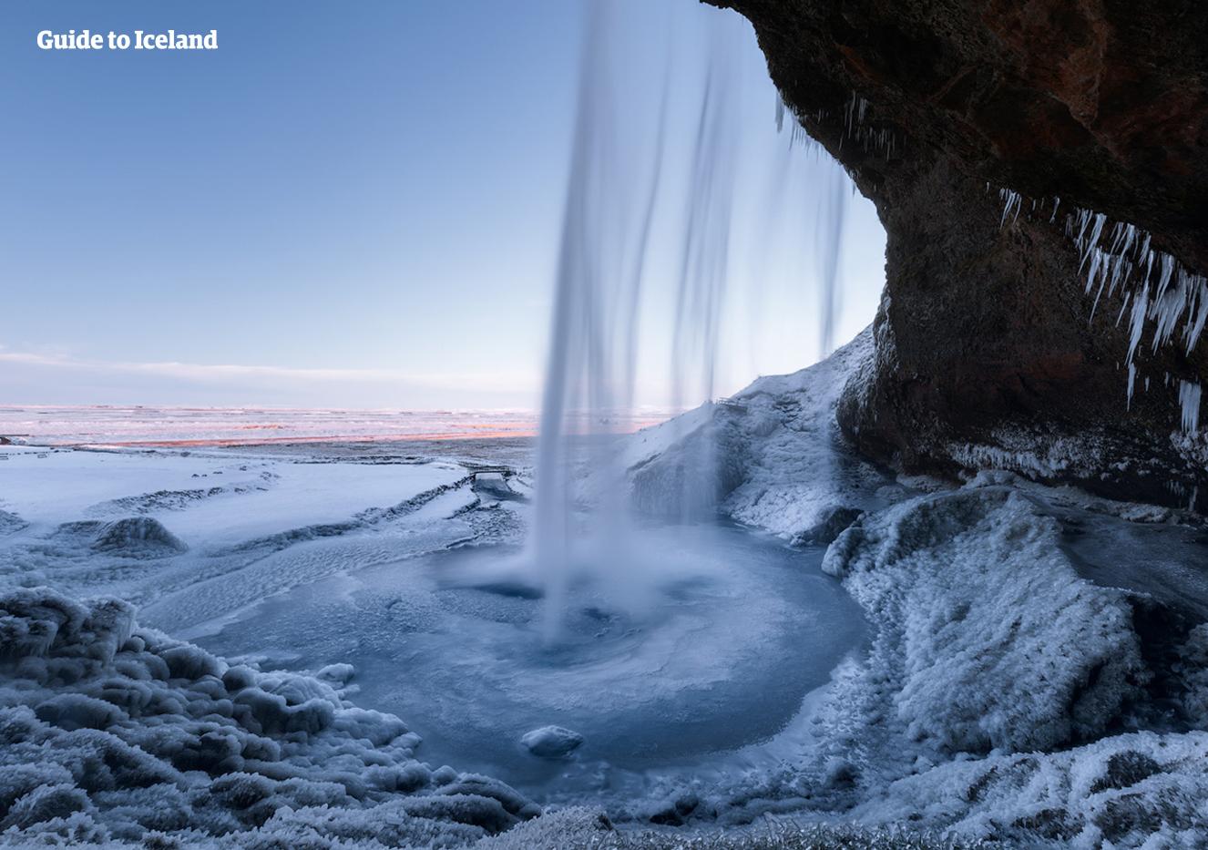 Popolare Islanda in Inverno - 5 Giorni   Grotta di Ghiaccio - Aurore  IH29