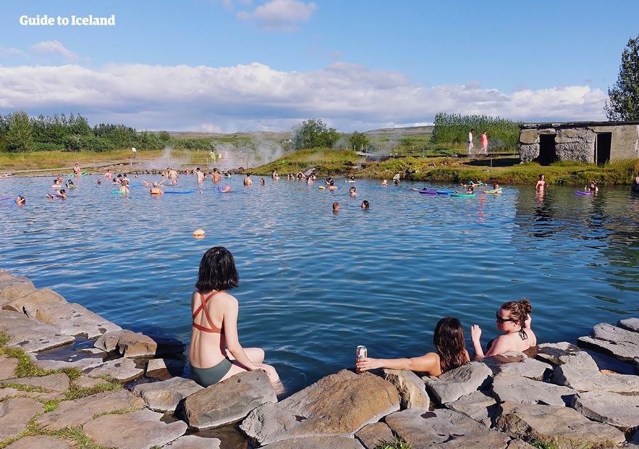 51314491fc4 Something else I often hear from travellers is the worry over whether hot  springs can damage your hair. Although some hot springs have a high amount  of ...